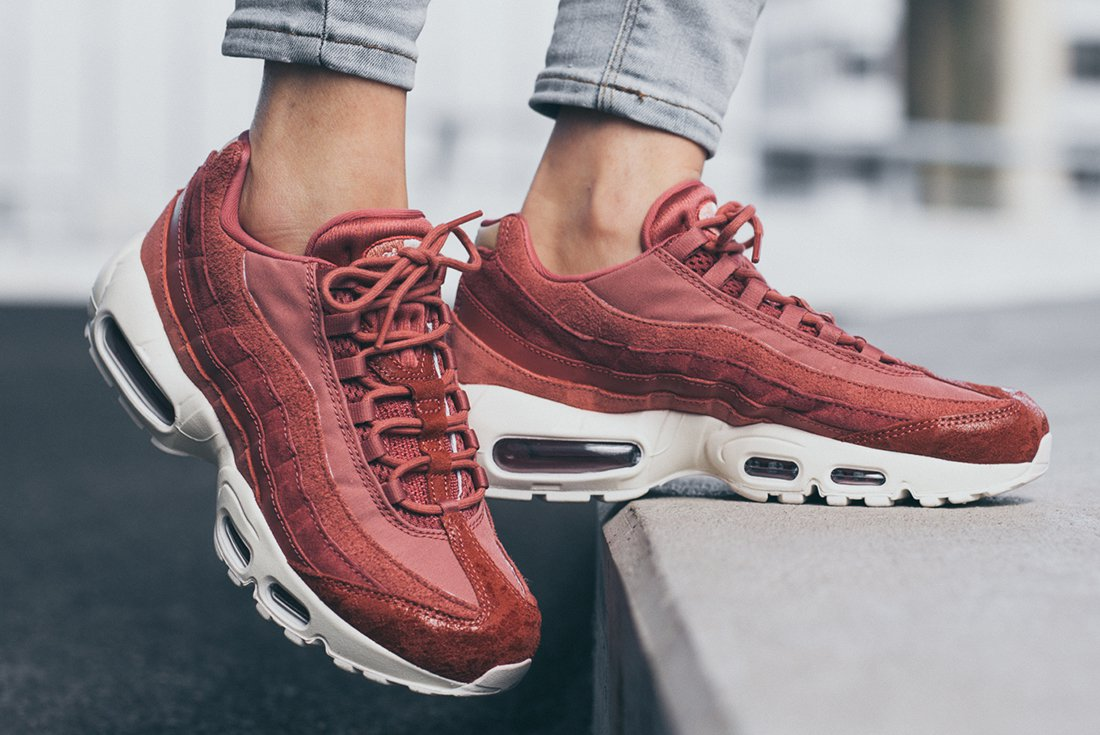 An On,Feet Look At The Nike Air Max 95 Light Redwood