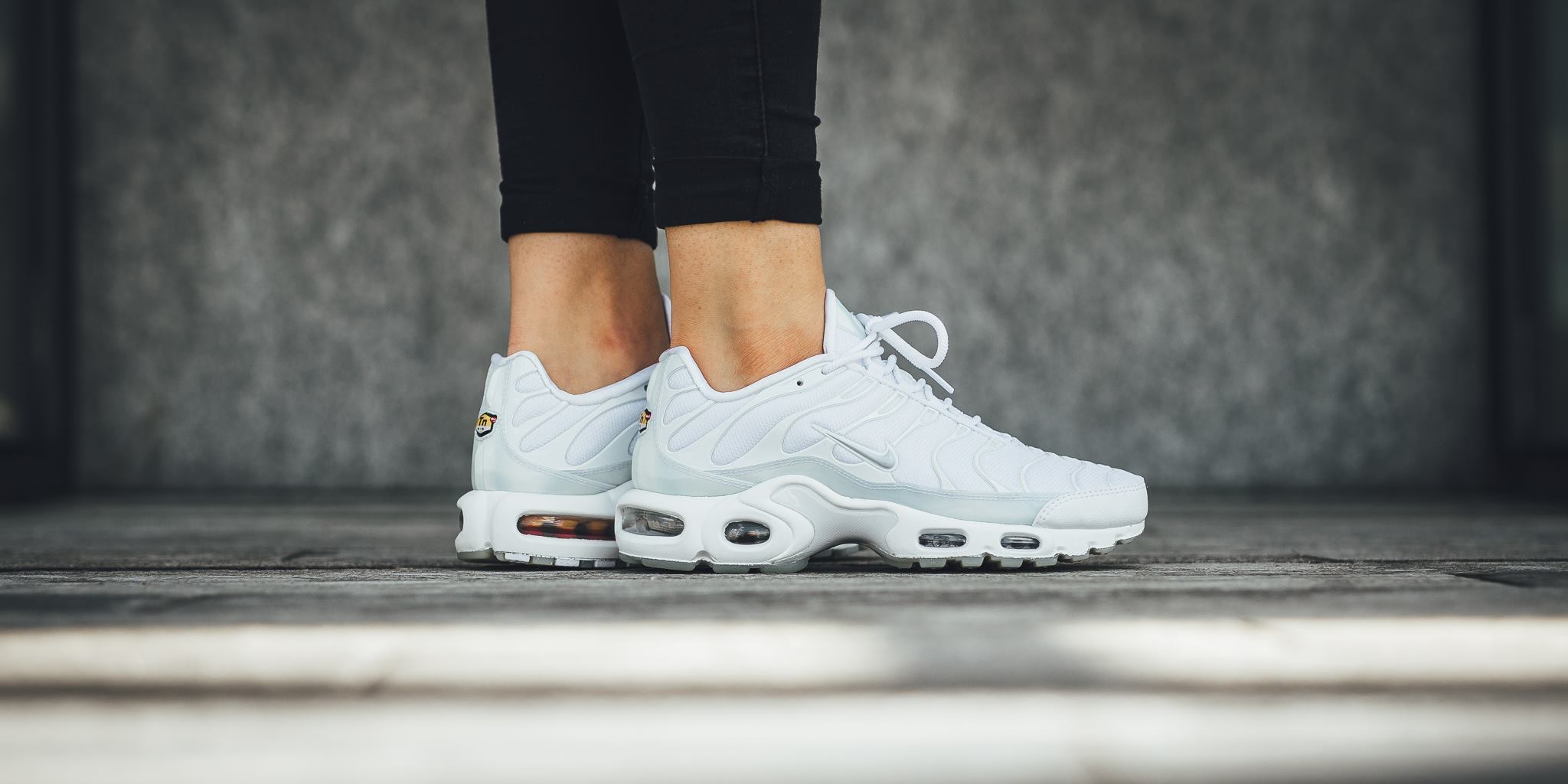 Nike Air Max Plus TN Tuned 1 University Rot Pure Platinum