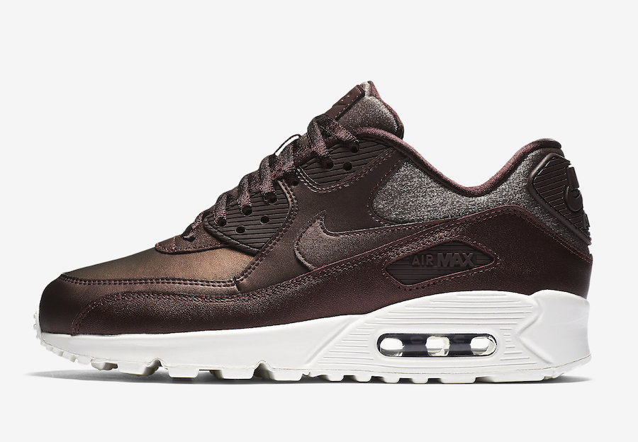 best service 57026 41981 Metallic Mahogany Covers This Nike Air Max 90 For Women ...