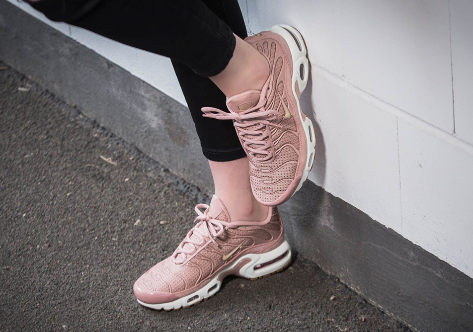 A Pink Colorway Of The Nike Air Max Plus For The Ladies Is ...
