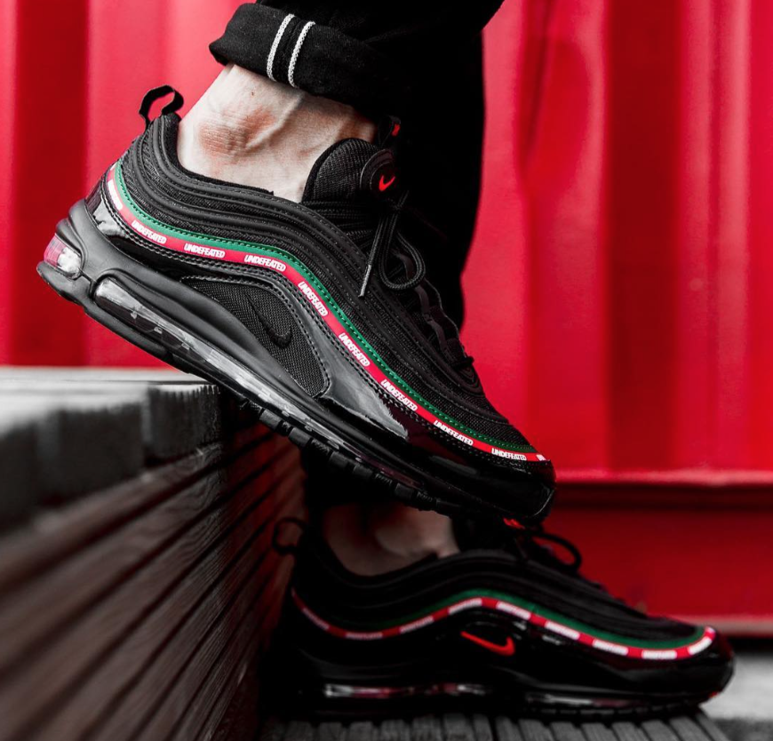 nike air max undefeated