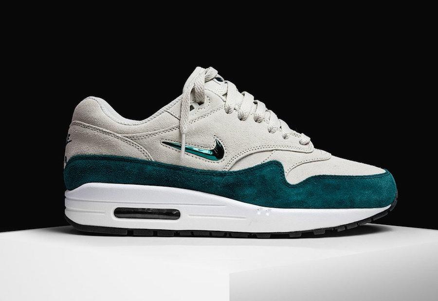 Release Date: Nike Air Max 1 Wheat • KicksOnFire.com