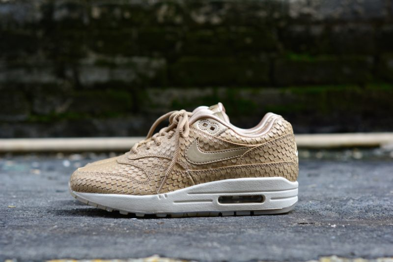 Max 1 Women's Rose The Now Air Gold Nike Is Premium Available 0OX8knwNZP