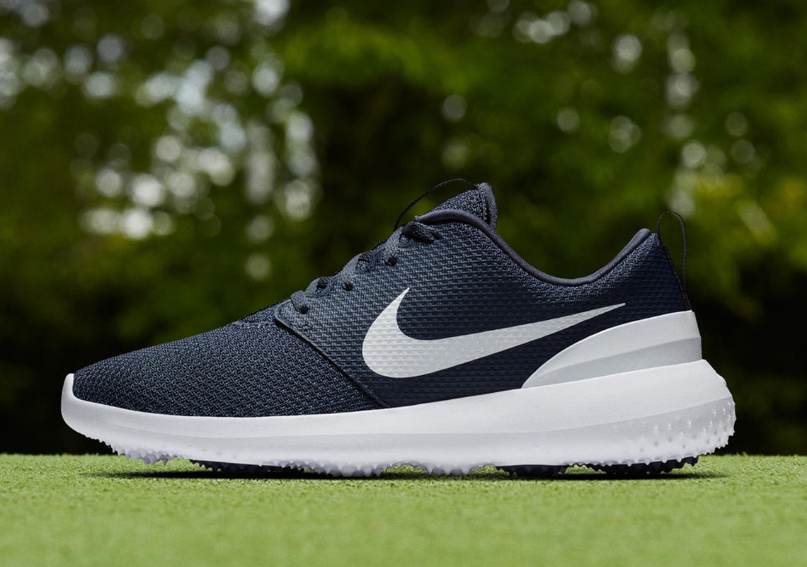 Couleurs variées 0ff22 ad1c4 The Nike Roshe Is Now Ready For The Golf Course ...