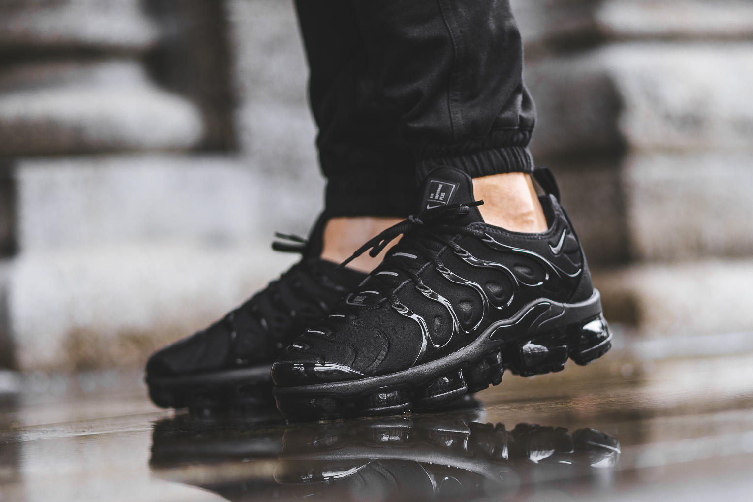 pretty nice 24203 8afa3 An On-Feet Look At The Nike Air VaporMax Plus In Cargo Khaki ...