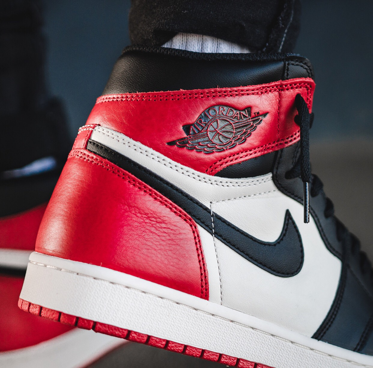 newest collection 88ae7 1e5e2 On-Feet Look At The Air Jordan 1 Bred Toe That Drops ...