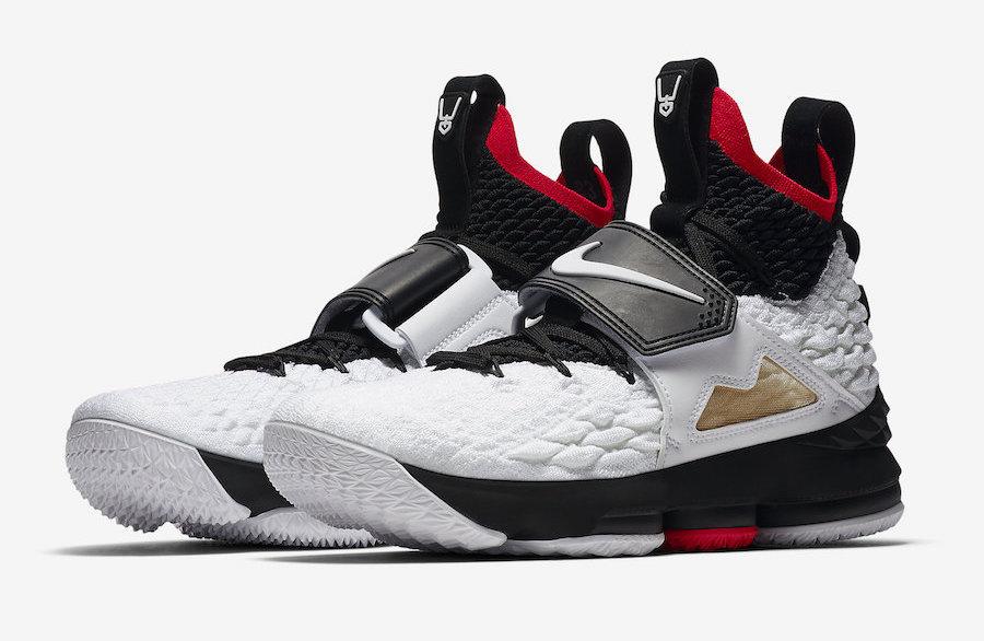innovative design 9503d 2964c Diamond Turf Lands On The Nike LeBron 15 • KicksOnFire.com