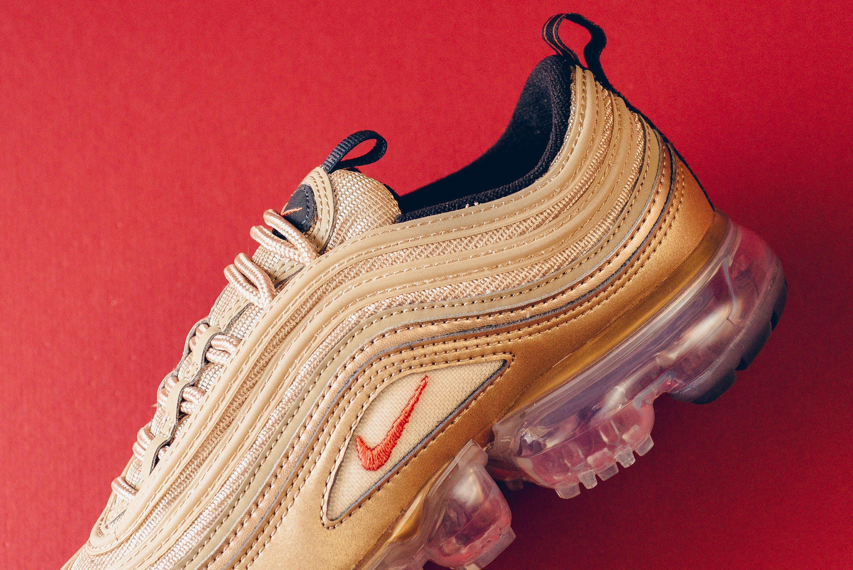 sale retailer 5dc91 baf15 Nike WMNS Air VaporMax 97 Blur Vintage Coral Ready For ...