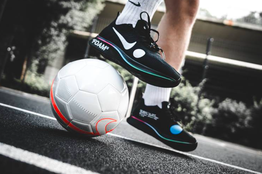 big sale 4c489 60e42 Release Reminder: OFF-WHITE x Nike Zoom Fly Mercurial ...