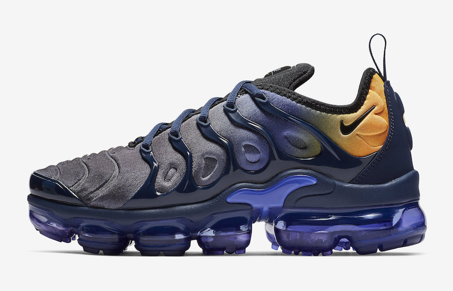 promo code a44cc a46cc Another Gradient Nike Air VaporMax Plus Is On The Way ...