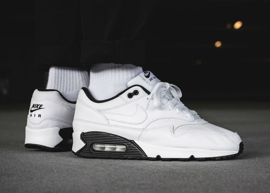 watch 7e85d 0d011 New Images Of The Nike Air Max 90/1 In White And Black ...