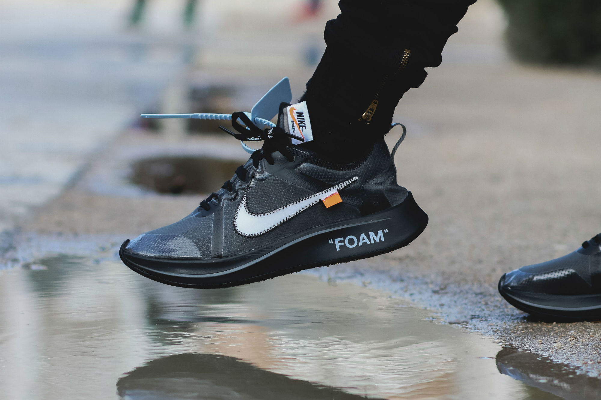 The OFF-WHITE x Nike Zoom Fly SP Black
