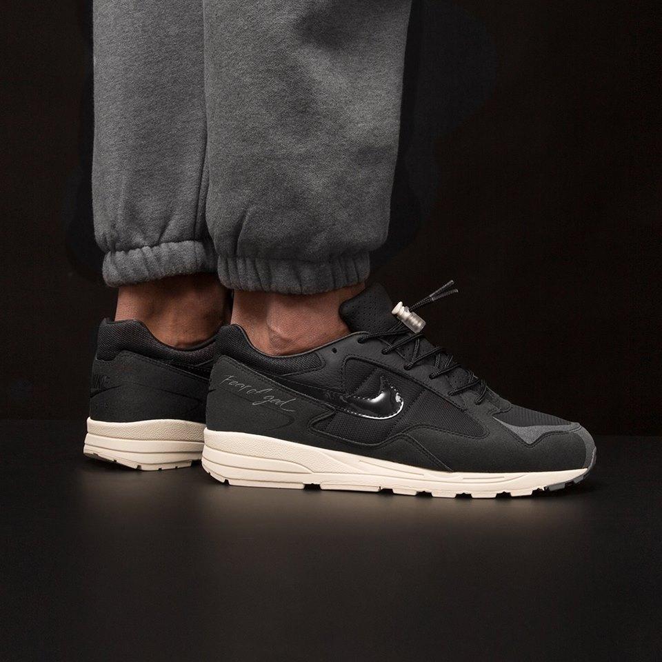 Get The Fear of God x Nike Air Skylon 2 Black Right Here