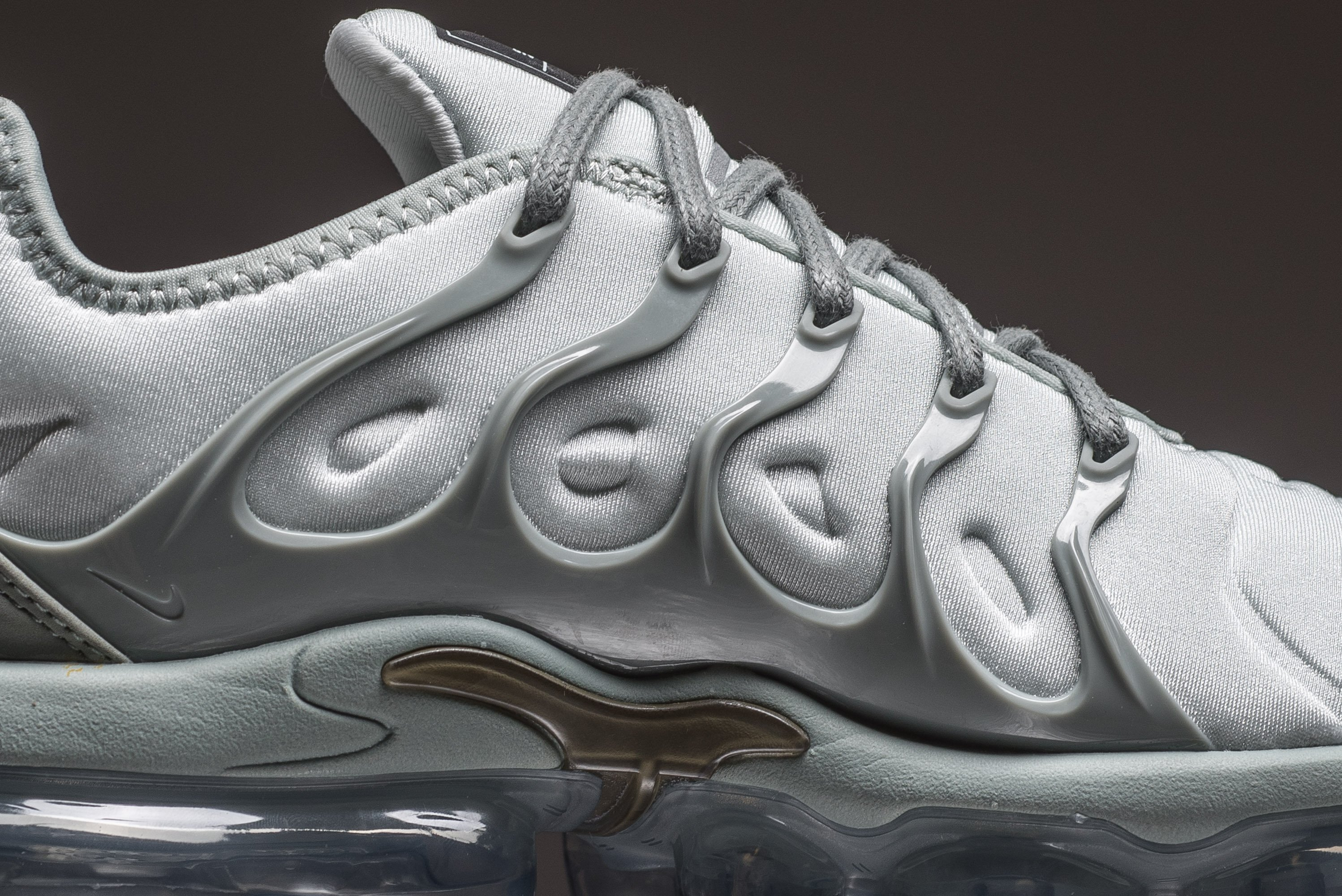 incredible prices exclusive deals get cheap Take A Look At The Nike WMNS Air VaporMax Plus Light Silver ...