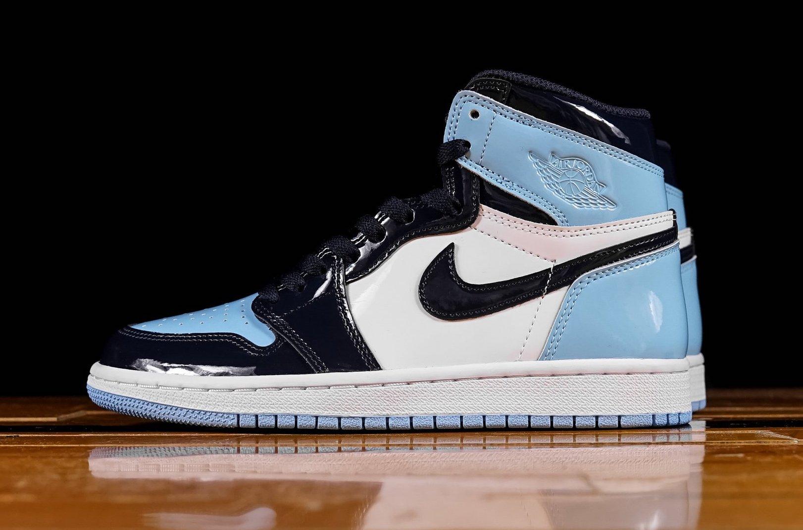 Air Jordan 1 Wmns Retro High Og Unc Patent Blue Chill Dropping