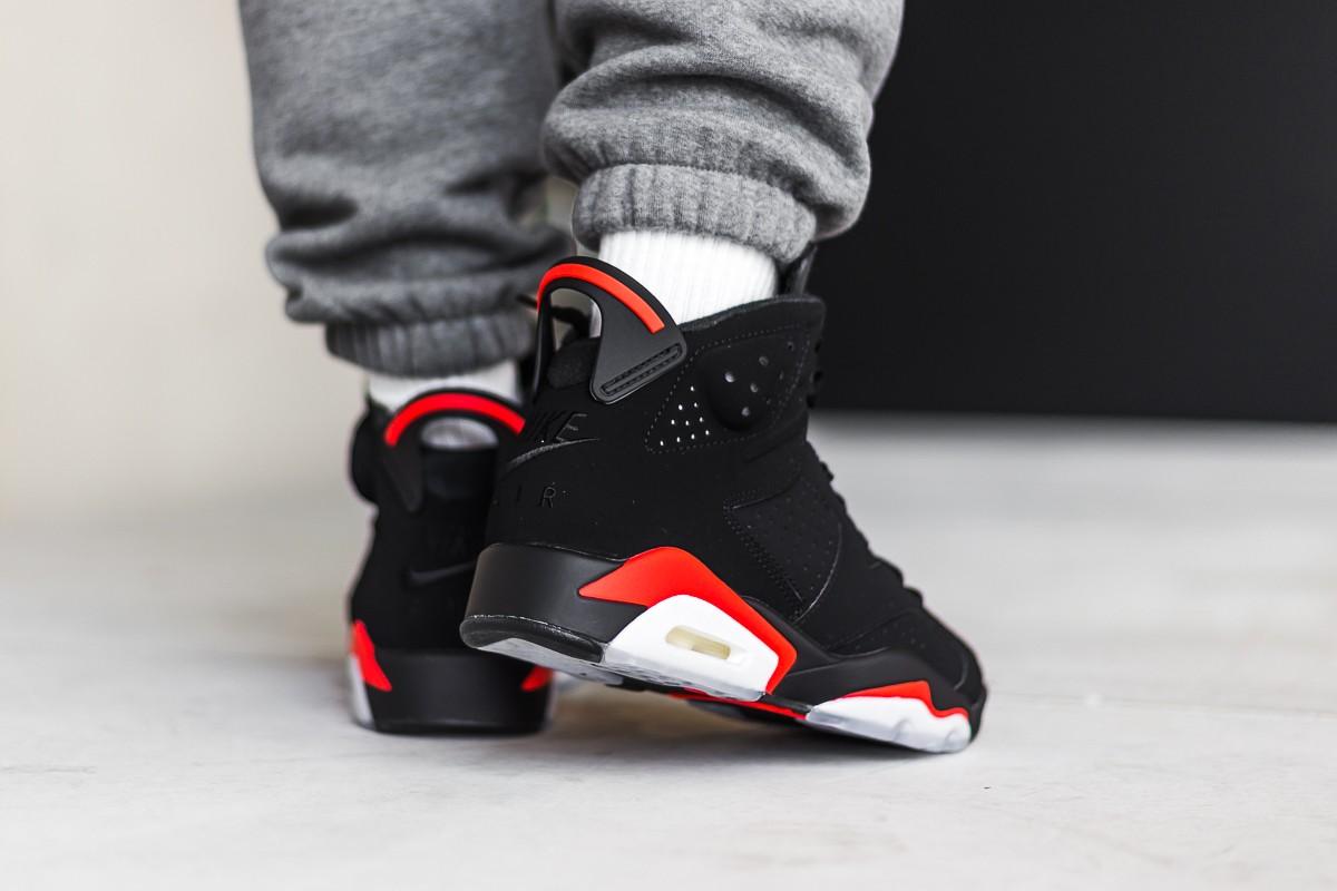 chaussures de sport 462f9 d7cec Air Jordan 6 Black Infrared OG 2019 • KicksOnFire.com