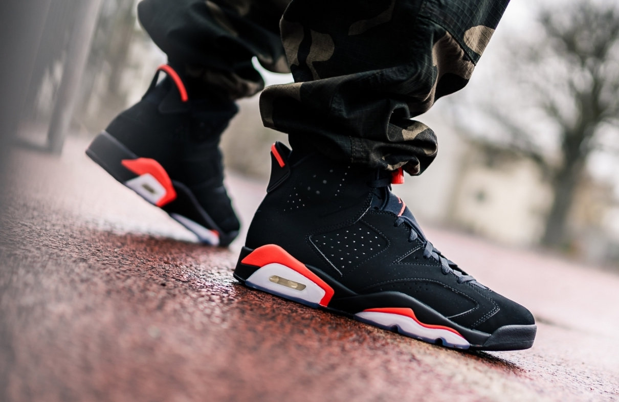 détaillant en ligne ae105 cf33a Air Jordan 6 Black Infrared OG 2019 Dropping Next Weekend ...