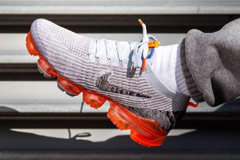 Nike Air VaporMax 3 Moon Landing Now