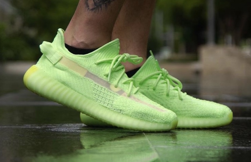 0d6b6659 adidas Yeezy Boost 350 V2 Glow in the Dark Arriving Next Weekend ...