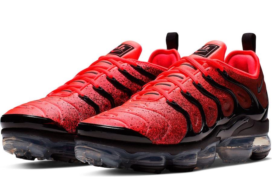 Nike Air VaporMax Plus Flash Crimson