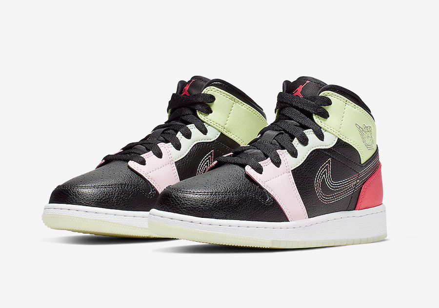release date b765d 980b1 Official Look At The Glow-In-The-Dark Air Jordan 1 Mid ...