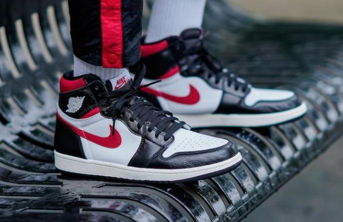 Air Jordan 1 Retro High OG Gym Red • KicksOnFire.com