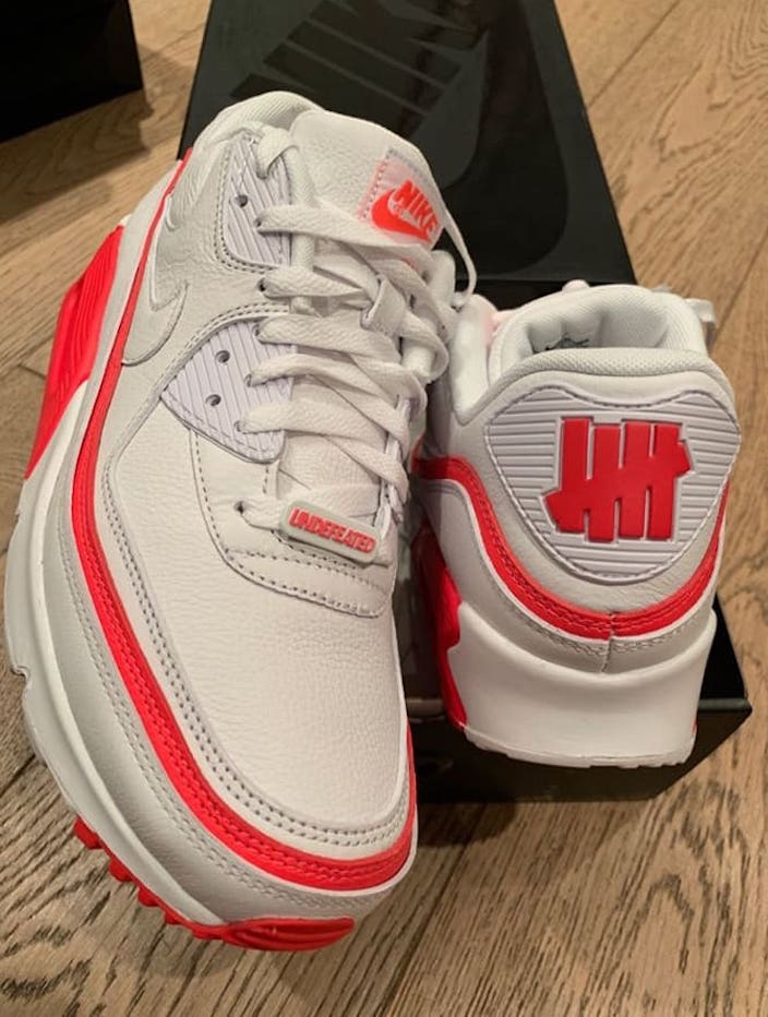 air max x undefeated