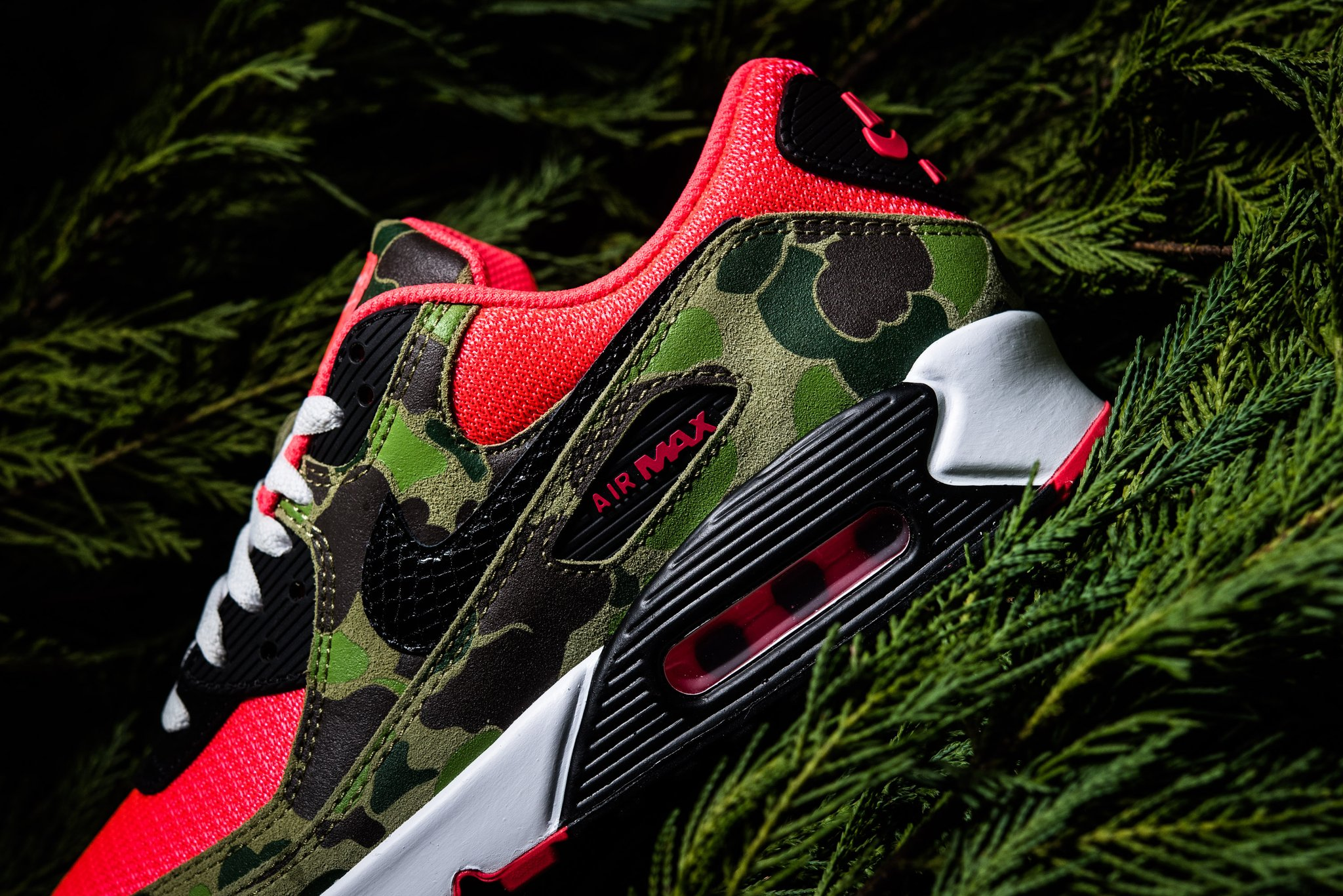 Detailed Look At The Nike Air Max 90 Reverse Duck Camo ...