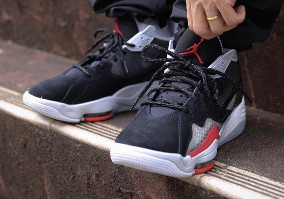 Get Ready for the Jordan Zoom '92 Black