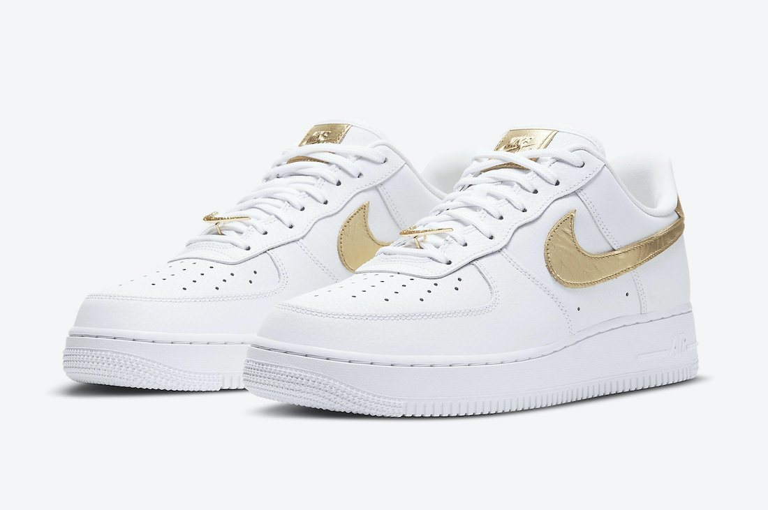 Gold Foil Detailing Shines on The Nike Air Force 1 Low ...