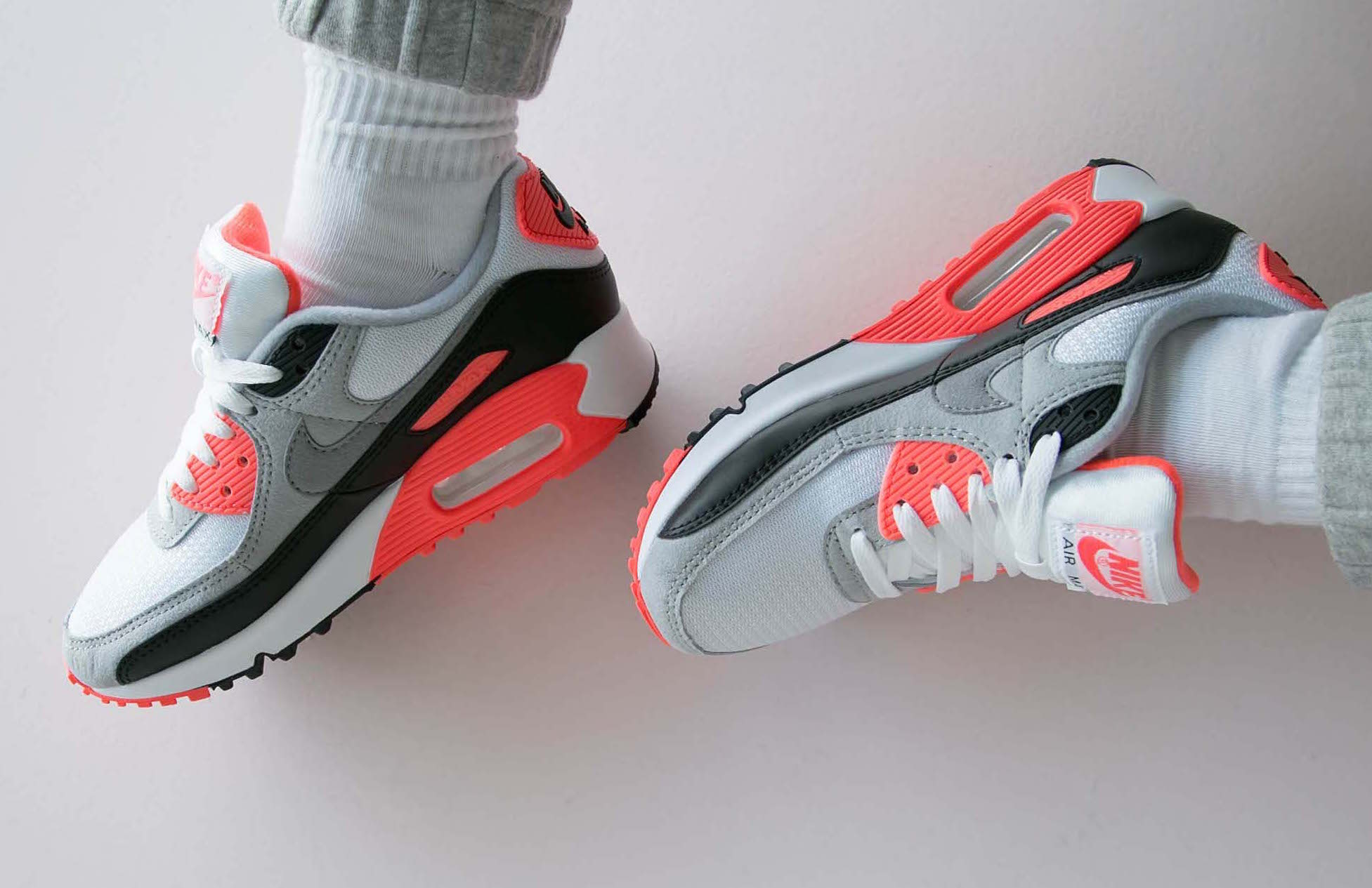 Buy the Nike Air Max 3 Radiant Red (Air Max 90 OG Infrared) Right ...