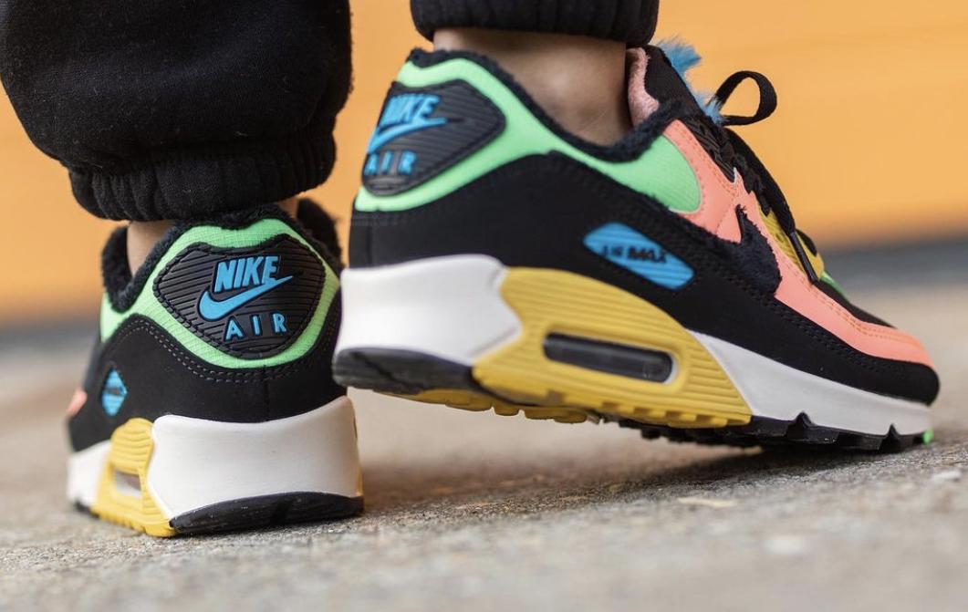 Atomic Pink & Solar Flare Shine on This Nike Air Max 90 Premium ...