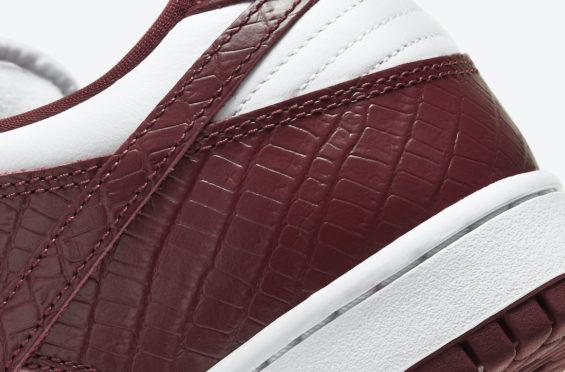 Supreme-x-Nike-SB-Dunk-Low-Barkroot-Brown-7-565x372.jpg?x27993