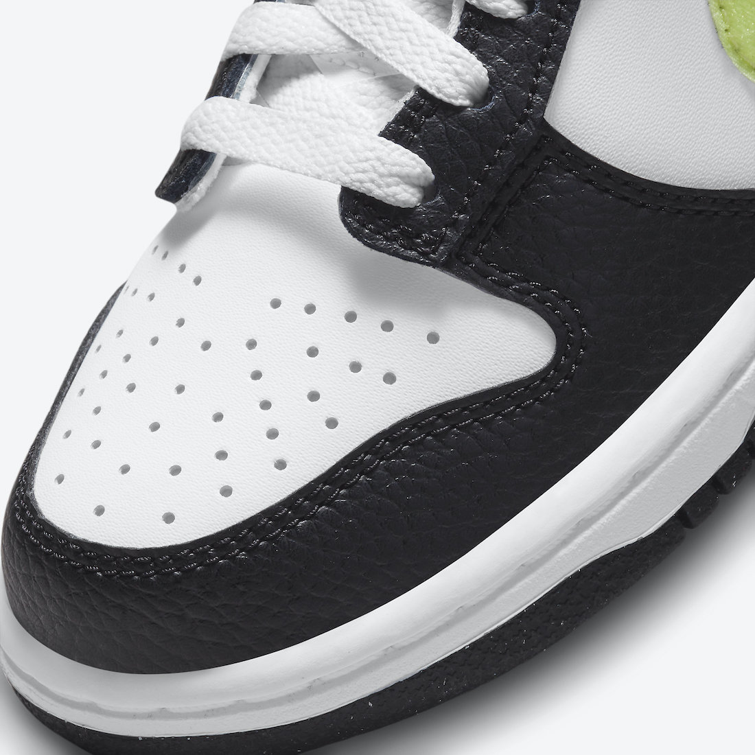This Kids Nike Dunk Low Comes With Giant Hangtags